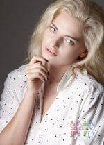 Фото лирика певица – Мария Качанова (Masha). Сколько лет? Замужем, есть дети? Рост, вес?